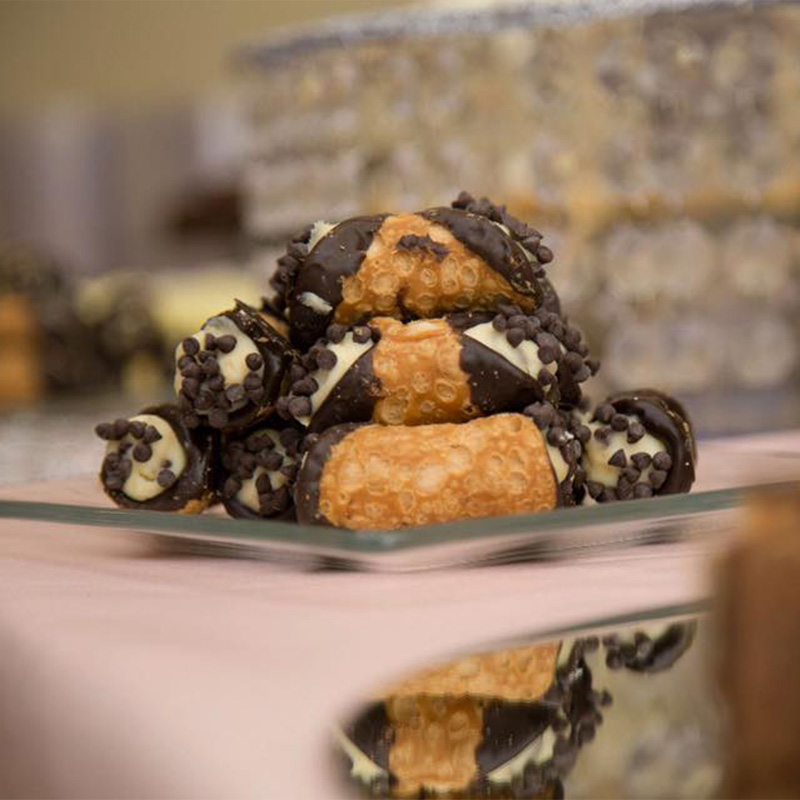 bars-and-brownies-page-cannoli