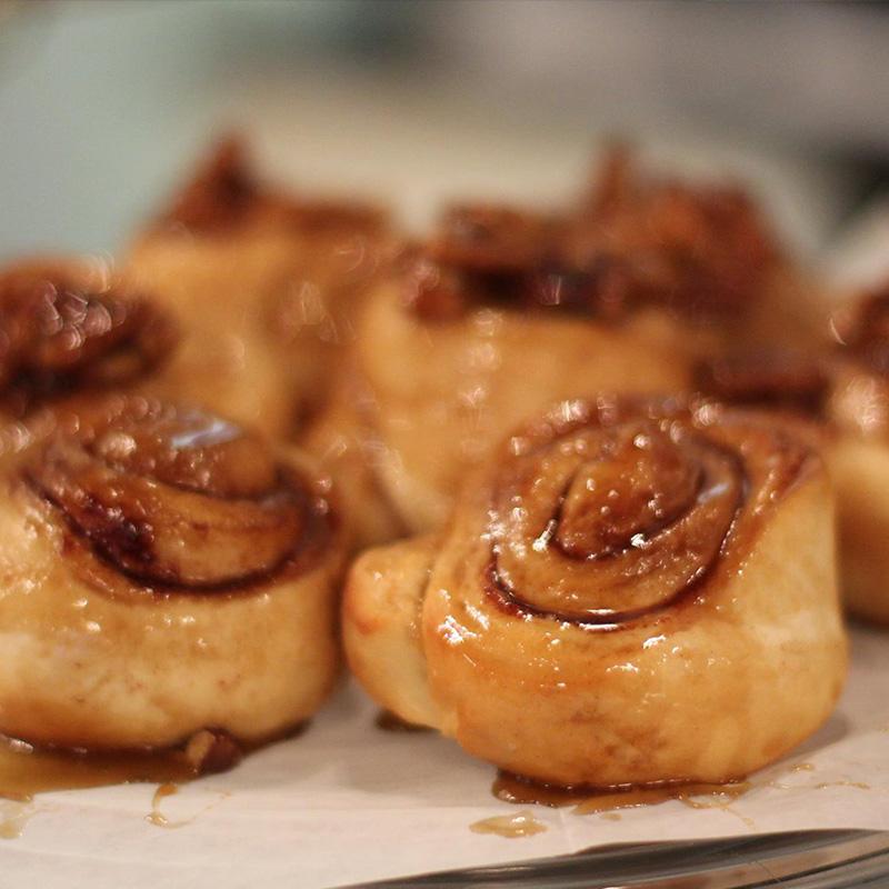 breads-page-breakfast-pastries-carmel-rolls