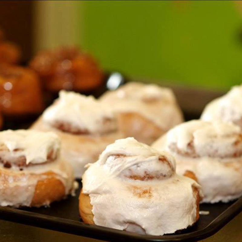 breads-page-breakfast-pastries-cinnamon-rolls